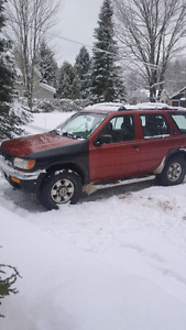 98 nissan pathfinder 4x4 need gone asap