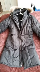 WOMENS COATS,9/10 CONDITION