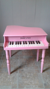 Childrens Grand Piano