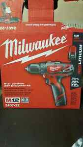 """M12 Milwaukee 18v 3/8"""" drill/driver STOLEN FROM DRIVEWAY"""