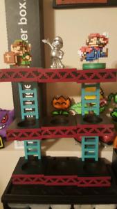 3 Amiibo & Stand