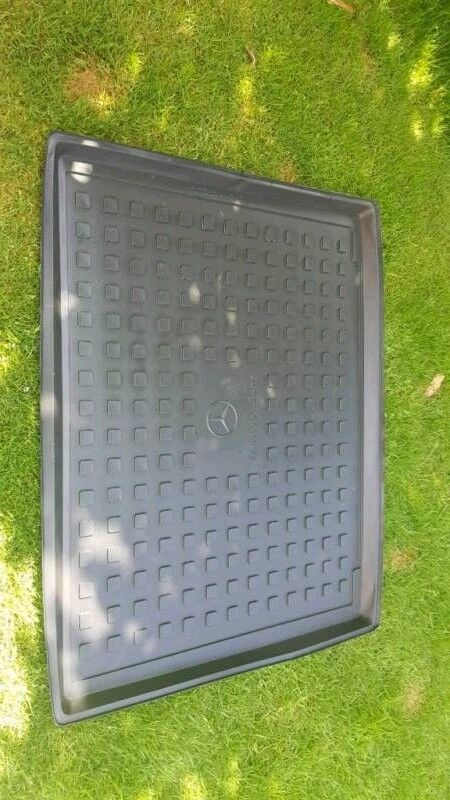 Mercedes GLC boot tub shallow | in Stourbridge, West Midlands | Gumtree