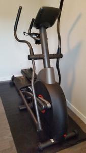 Elliptique AFG Fitness