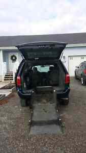 2006 Dodge Grand Caravan SXT Minivan, Van WHEEL CHAIR CONVERSION Kawartha Lakes Peterborough Area image 6