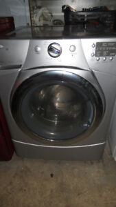 Whirlpool Duet Washer Like New