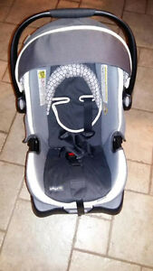 On Board 35 Car Seat Carrier and Base