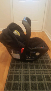 Britax B Safe 35 Car seat and Stroller