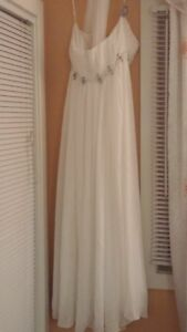 Wedding dress - Excellent condition!!