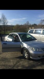 2004 Honda Civic  4door for PARTS only