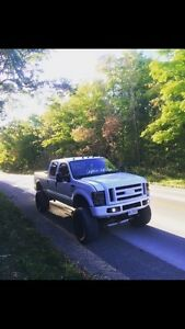 2002 Lifted Ford 7.3L F250 Lariat
