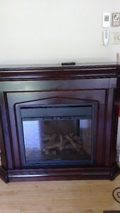 Electric Fireplace wtih remote