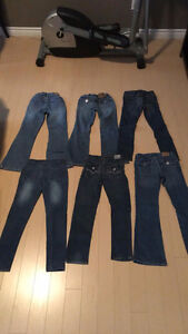6 PAIRS OF GIRLS SIZE 8 JEANS