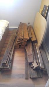 Bois de grange / Wood shed 390$