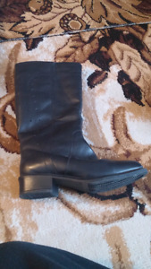 Black Leather Boots for Sale