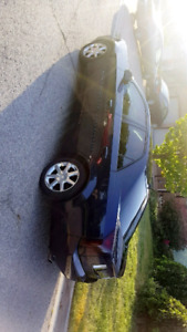 Cadillac cts 2005 blue color with 212 kms.