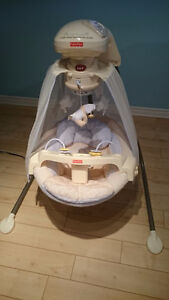 Berceau-balancelle Starlight-Papasan de Fisher Price