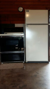 KENMORE... SEARS BEST REFRIGERATOR AND STOVE
