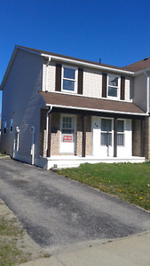 3 bdrm semi for sale in Elliot Lake