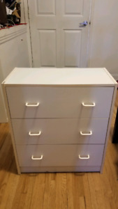 Dresser armoire commode Small dresser 28x24x12 in good condition