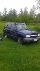 2000 Chevrolet Tracker Other
