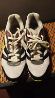 Good condition Size 8 Nike runners
