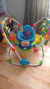 Exerciseur sauteuse baby einstein