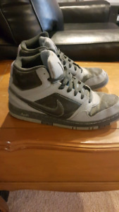 Size 12 Nike Hightops