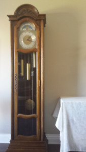 Magnifique horloge Grand-père - Magnificient grandfather clock