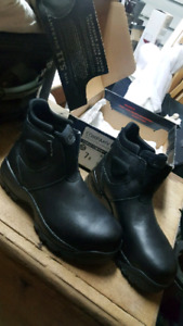 5.11 Brand New Mens Boots