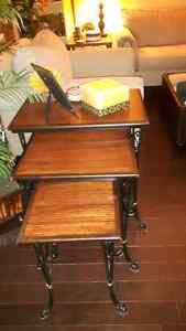 Furniture in very excellent condition for sale. Windsor Region Ontario image 5