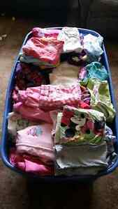 Girls lot of clothing! Mixed season.