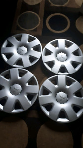 16 inches mitsubishi hubcaps/where covers