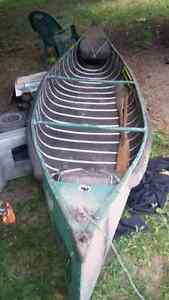 Older but safe and great canoe