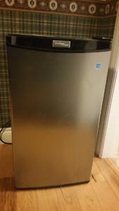 Danby 3.2 cu ft Compact Refrigerator