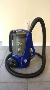 *******Dirt Devil Breeze Canister Vacuum (no attachments)*******