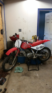 Honda xr 100 for parts or repair