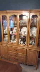 Antique Walnut 8 pc Dining Room Set
