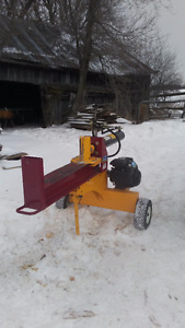 15 TON GAS POWERED LOG SPLITTER