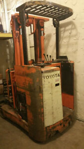 Electric forklift for sale