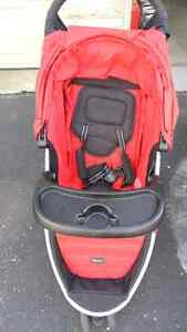 Britax Agile travel system, with car seat Kitchener / Waterloo Kitchener Area image 2