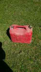gas can 5 gal. plastic