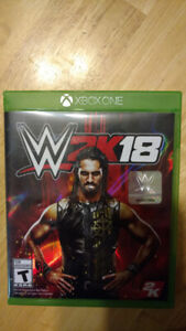 WWE 2k18 for Xbox one, barely used in good shape