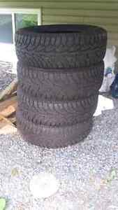 Winter tires 225/60 R17