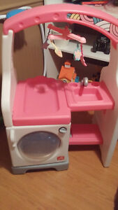 Kids Play Laundry Stand **COBOURG AREA** Peterborough Peterborough Area image 2