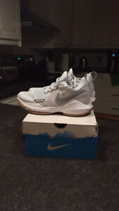 Brand New Paul George Basketball Shoes Mens or Ladies