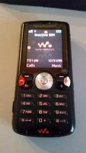 SONY W810i walkman phone