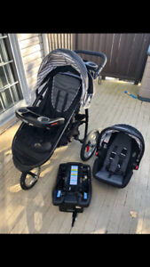 Graco fast action jogging stroller and snug ride infant car seat
