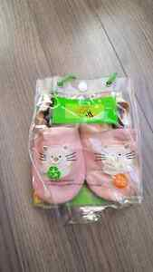 Tickle Toes leather baby shoes/slippers