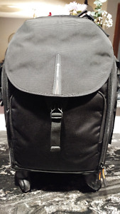 Professional Camera Bag Backpac and also Handle/Wheels
