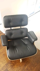 Brand New Herman Miller Eames  lounge chair and Ottoman